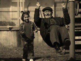 Nonni e nipoti, l'ascolto del minore Editoriale di Maurizio Quilici